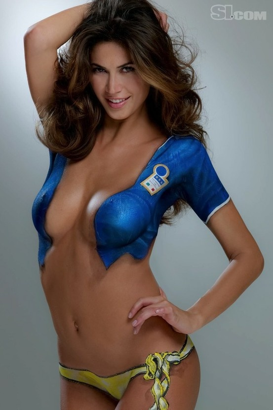 Body Painting - Sports Illustrated Swimsuit 2010 | moi