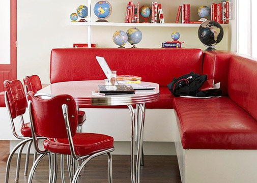 Retro red kitchen banquette and chairs DECOR