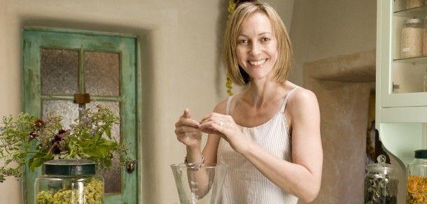 @Vapour Organic Beauty Co-Founder Krysia Boinis: Cosmetics for a Cause | Organic Beauty | Organic Spa Magazine