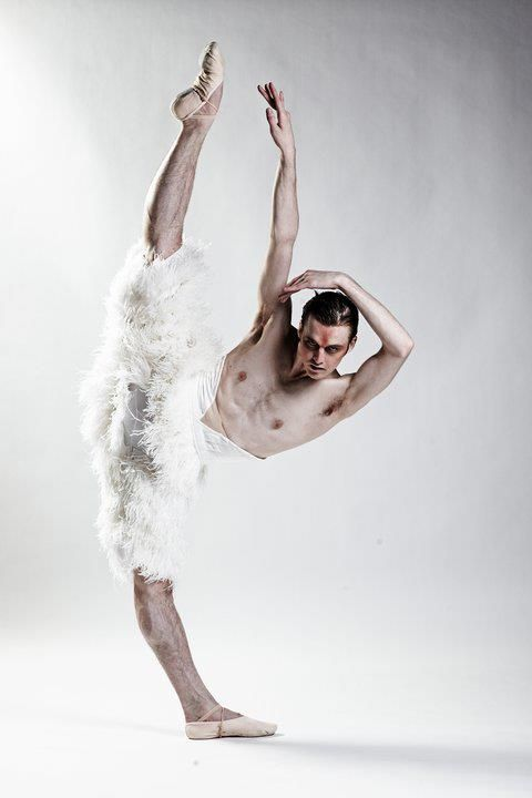 swan lake men Male ballerinas from new york-based les ballet trocadero de monte carlo will  perform parodies of swan lake and other classic ballets to.