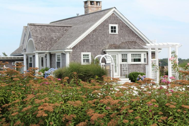 Cape cod style homes cape cod homes pinterest for Cape cod style house