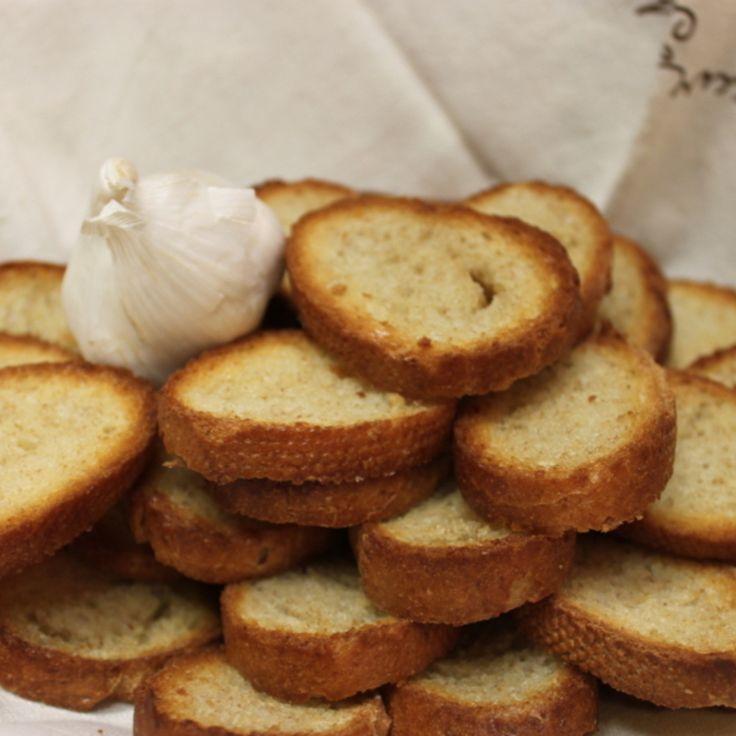 Crispy Garlic Toast | Recipes I Want To Try! | Pinterest