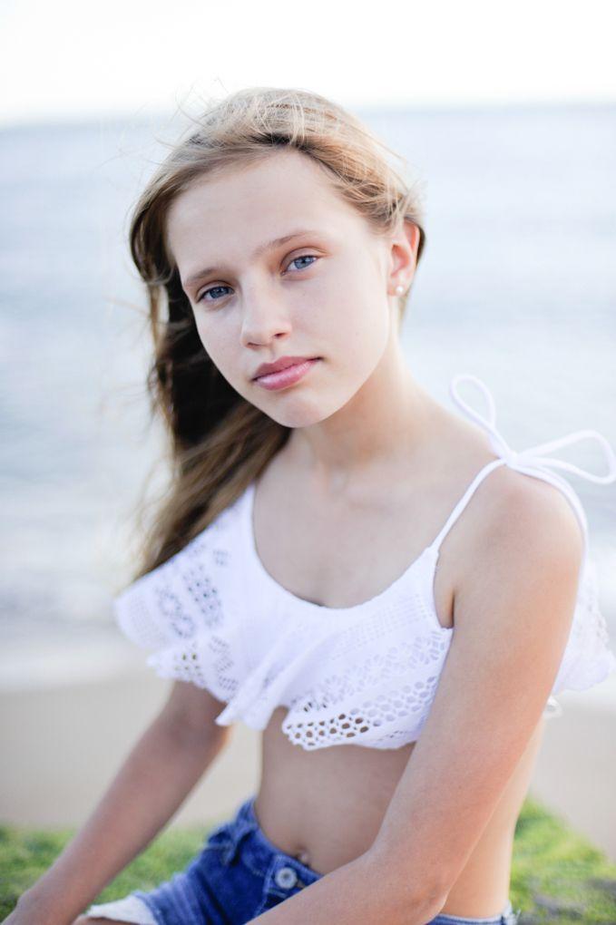 teen girl models face Car Tuning