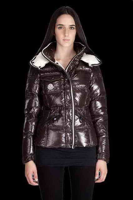 Womens Moncler Jacket Quincy Nylon Chocolate For Cheap www.moncler.at