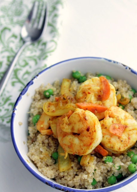 curried shrimp with quinoa = healthy and quick. Use red pepper and ...