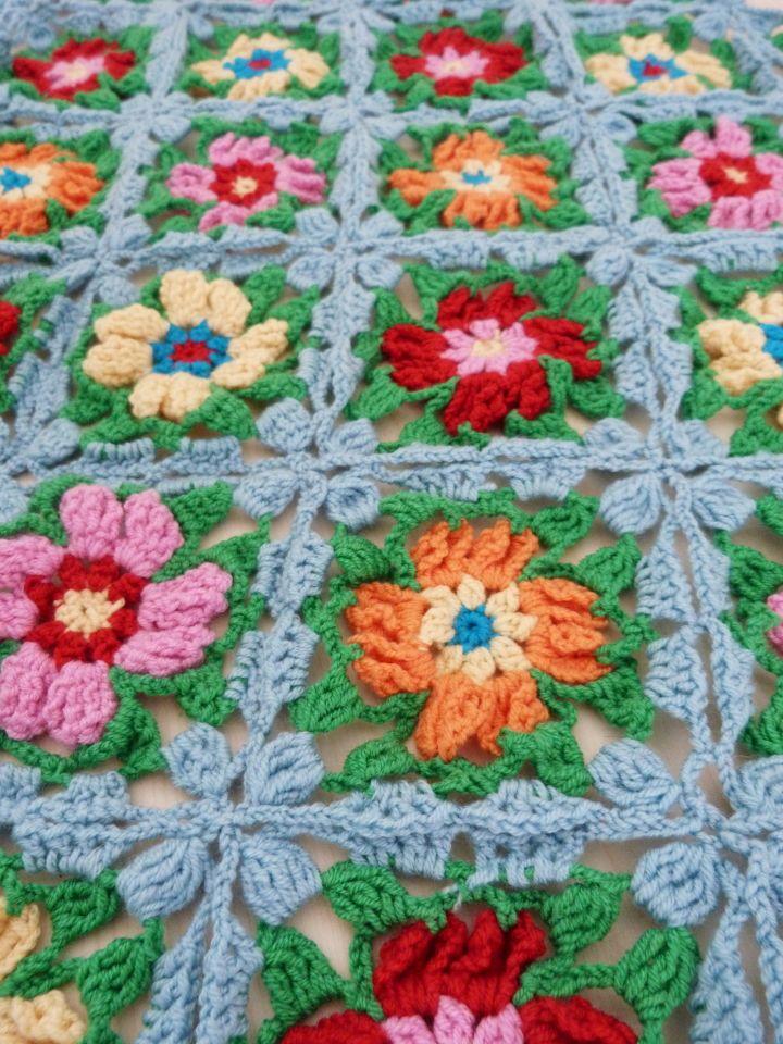 ... , looks like a flower garden! Crochet Afghan Blankets Pinte