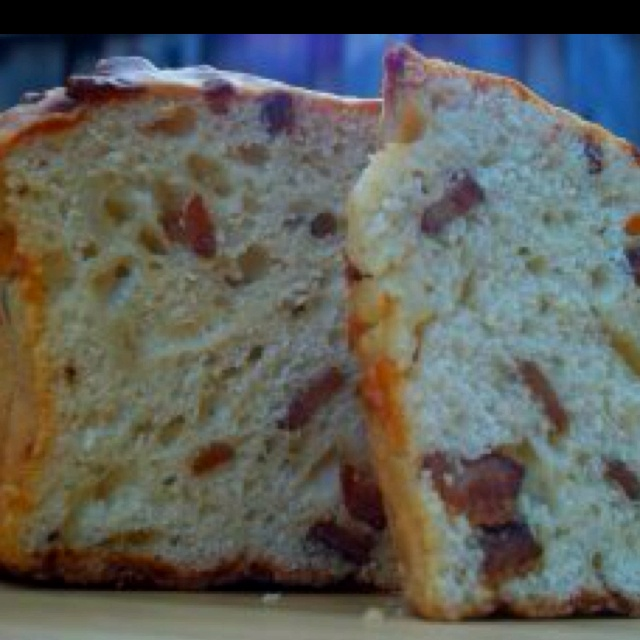 ... www foodrepublic com 2011 08 03 beer bacon and cheddar bread recipe