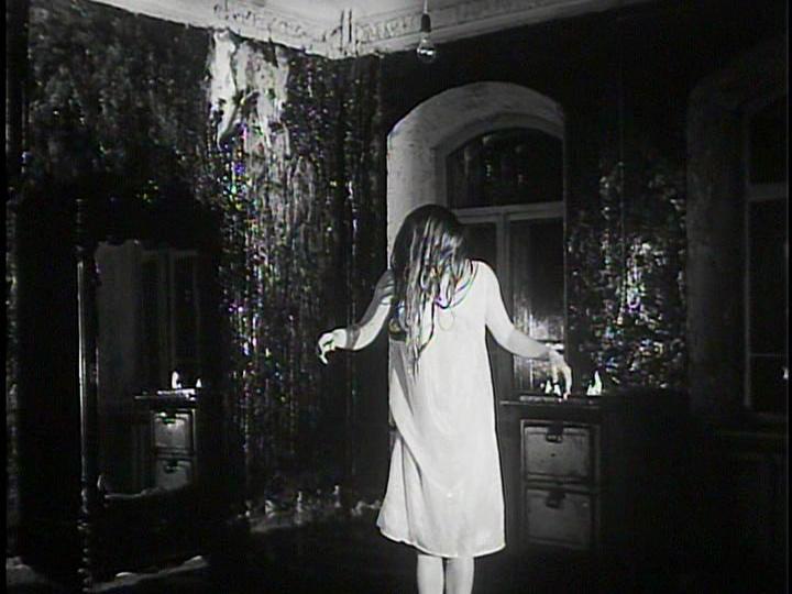 Zerkalo andrei tarkovsky 1975 screen pinterest for Miroir tarkovski