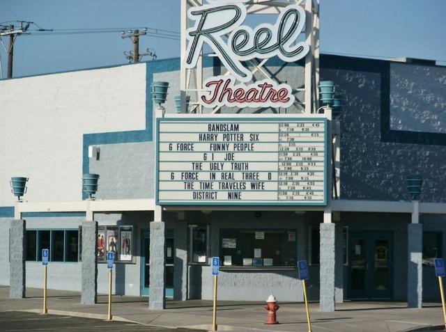 reel theater 8 ontario