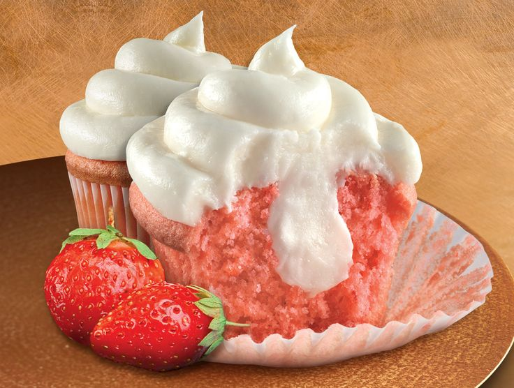 Strawberry Cheesecake Cupcakes | * * Cakes and Cupcakes ...