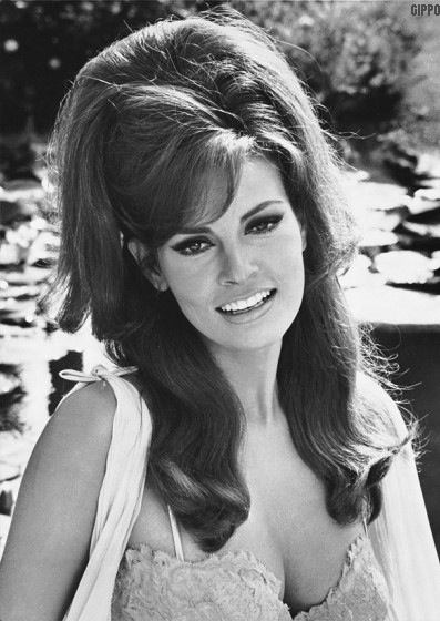Raquel Welch Makeup 60s Images & Pictures - Becuo