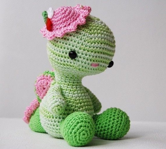 Free Crochet Stuffed Dragon Pattern : Amigurumi Pattern - Miss Dragon