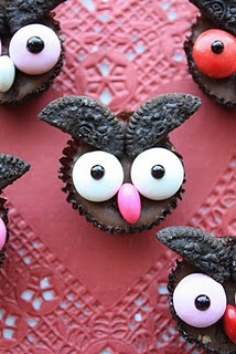 Easy, NO BAKE, mini candy owls for any occasion!