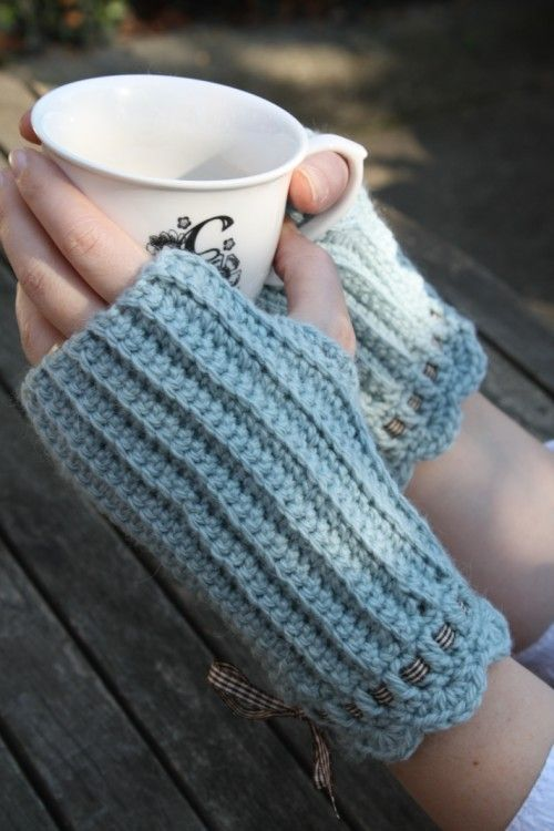 Crochet Fingerless Gloves : Crochet Fingerless Mittens Crochet crazy! Pinterest
