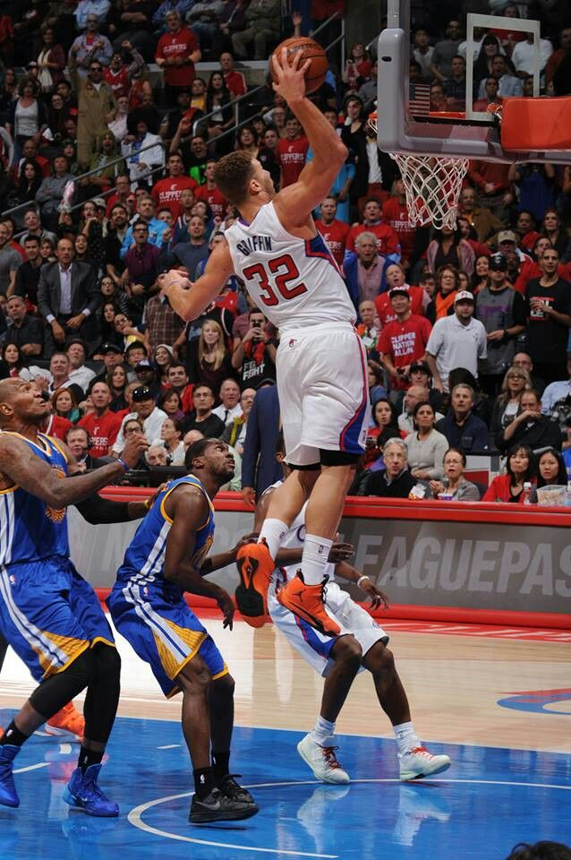 Blake Griffin dunking (as usual) | Hoopers | Pinterest