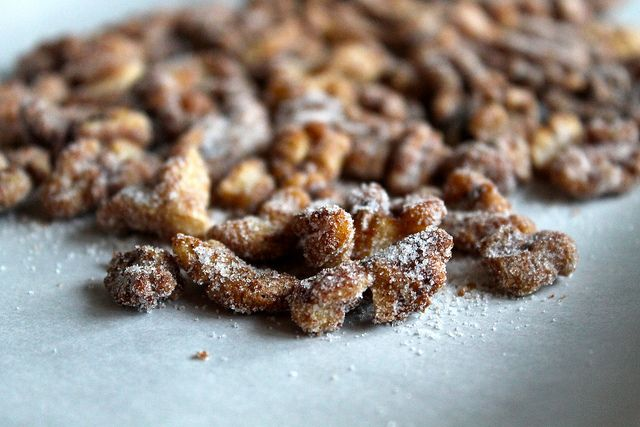 maple cinnamon candied walnuts | foodie | Pinterest