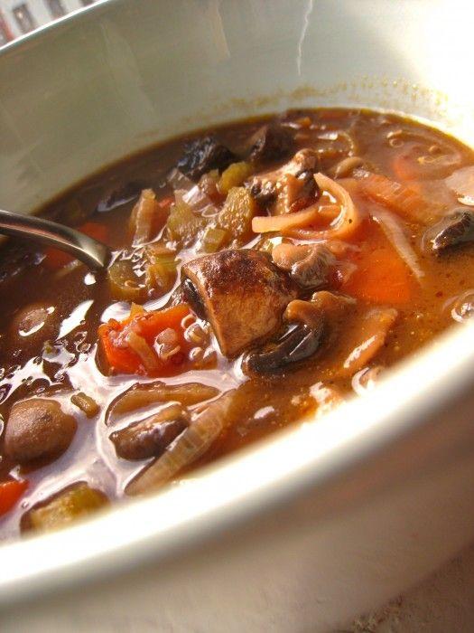 Vegan} Mushroom Quinoa Soup - The Corner Kitchen