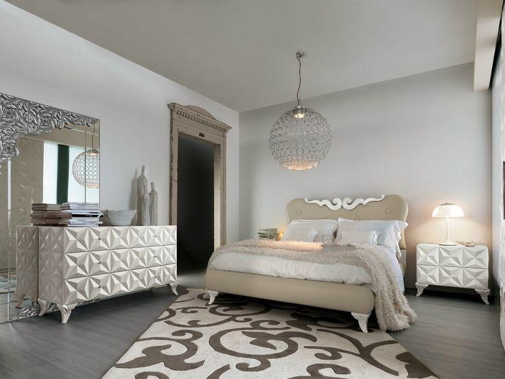 Camera da letto di lusso Bianca. Bedroom Luxury White  Luxury House ...