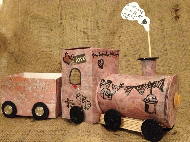 valentine box train