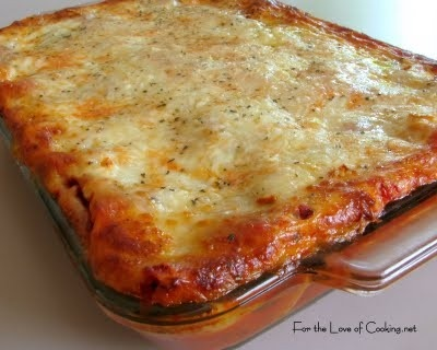 Chicken and Roasted Garlic Lasagna-this sounds amazing!