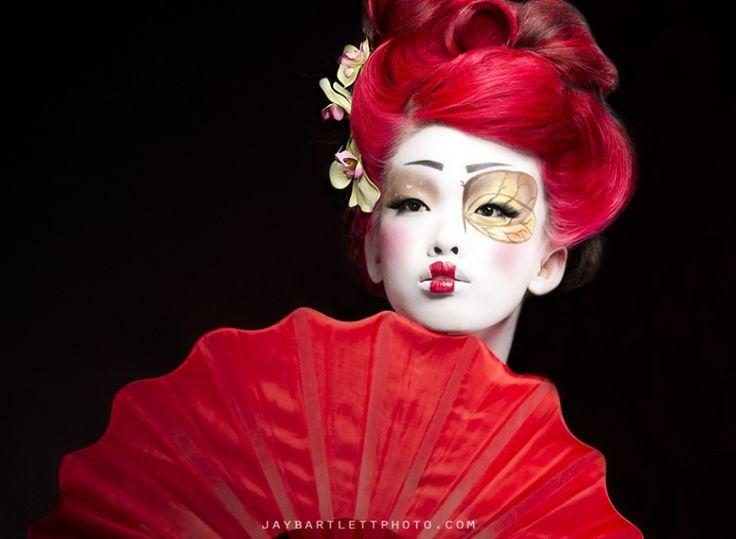 Face geisha girl
