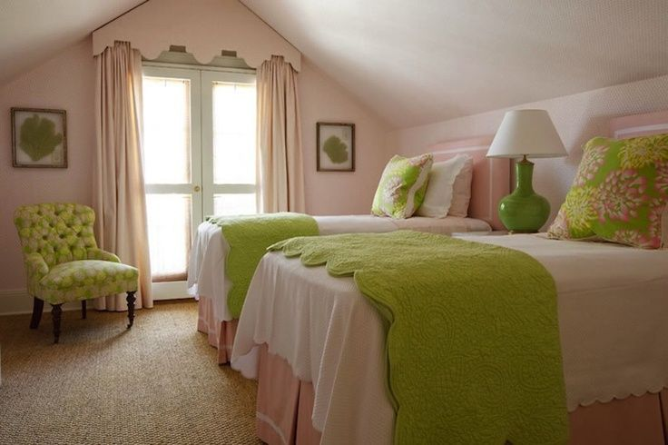 color accents on your bedroom can influence your mood