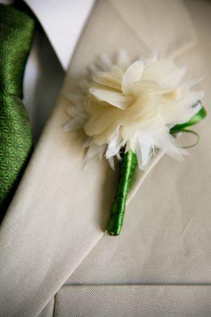 Fabric flower tutorial.