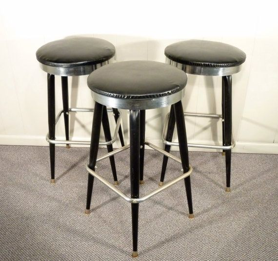 retro metal bar stools set of three black Futura line 60s : f98583cac95130adecf13903e24c5f9d from pinterest.com size 570 x 535 jpeg 62kB
