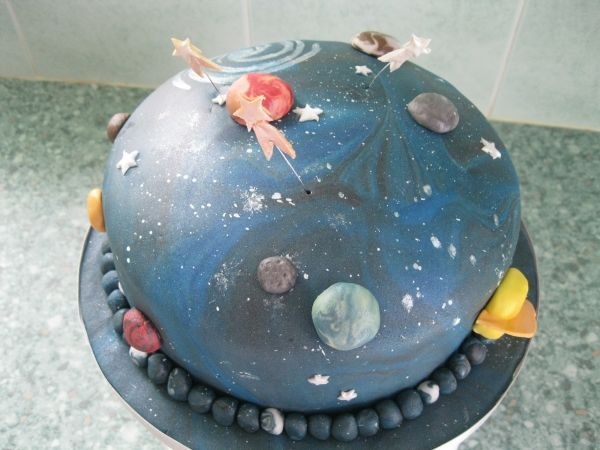 Universe outer space cake another one pinterest for Outer space cake design