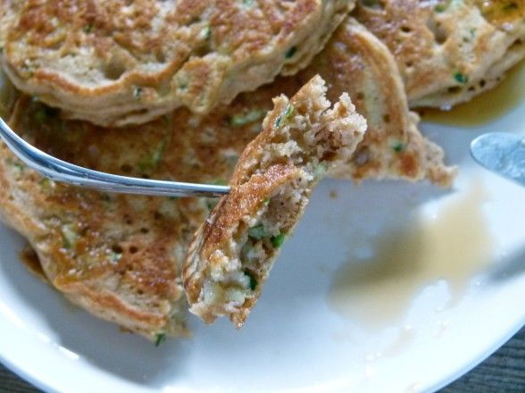 Zucchini Bread Pancakes - perfect breakfast or snack for my little one ...