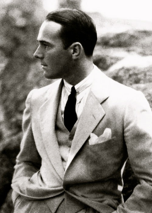 "William ""Billy"" Haines (1900-1973), silent film actor-turned-decorator to the stars - photo by Edward Steichen"