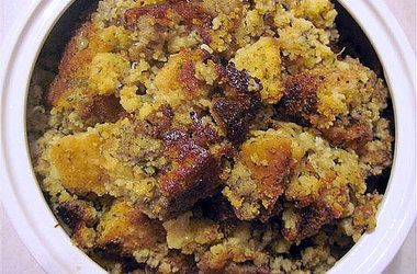 Sausage Cornbread Stuffing | Yummy--Things I would like to cook! | Pi ...
