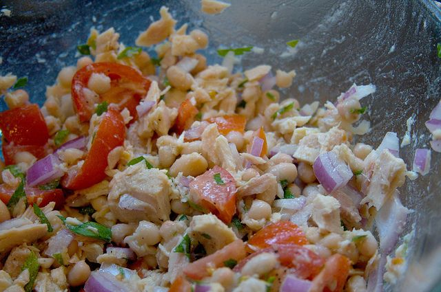 mediterranean tuna salad without mayo! | Salads and sides | Pinterest
