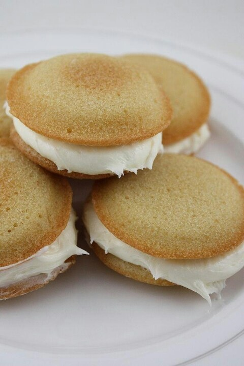 Banana Whoopie pies | must trys | Pinterest