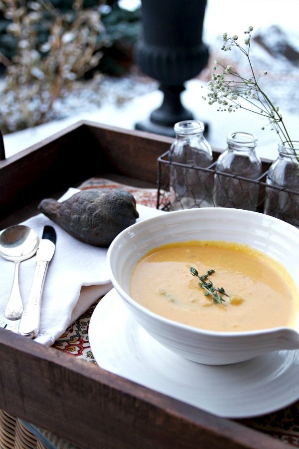 Vegan Roasted Butternut Squash Soup with Asparagus | Just a Smidgen