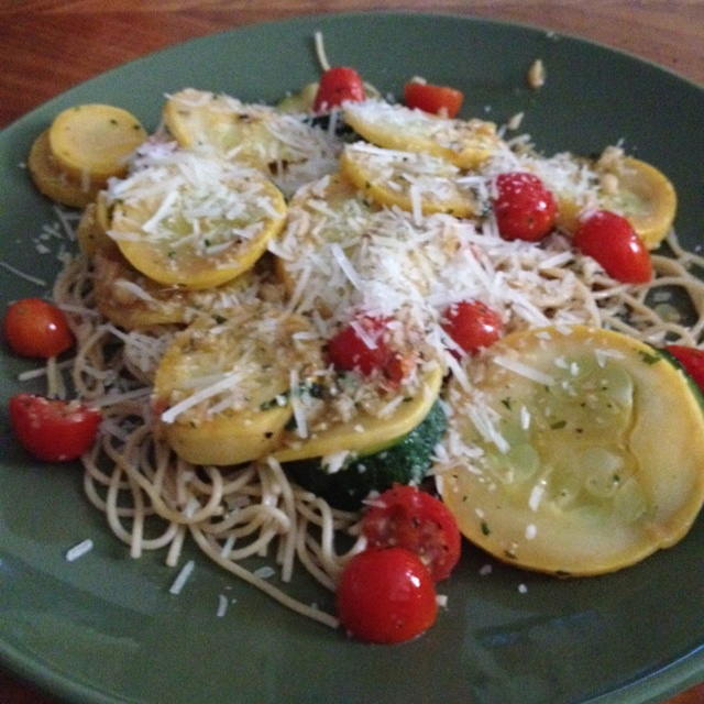 ... over thin spaghetti with a parsley, garlic and pine nut pesto! Yum