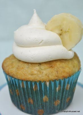 The Culinary Enthusiast: Banana Cupcakes with Honey Cinnamon Frosting