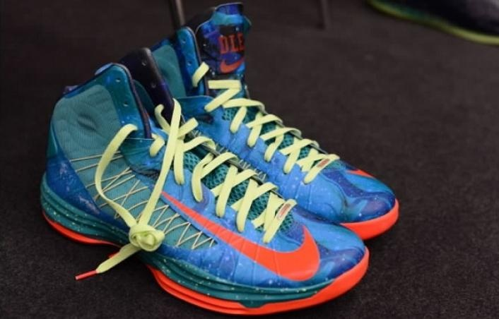 Unreleased Kyrie Irving s Nike PE HyperdunksKyrie Irving Shoes Hyperdunks
