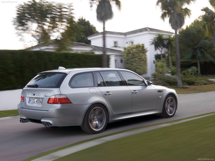 2007 BMW 530xi Touring E61 related infomationspecifications