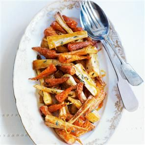 Carrots and parsnips with maple and orange glaze #GF, #Vegan, #Carrots