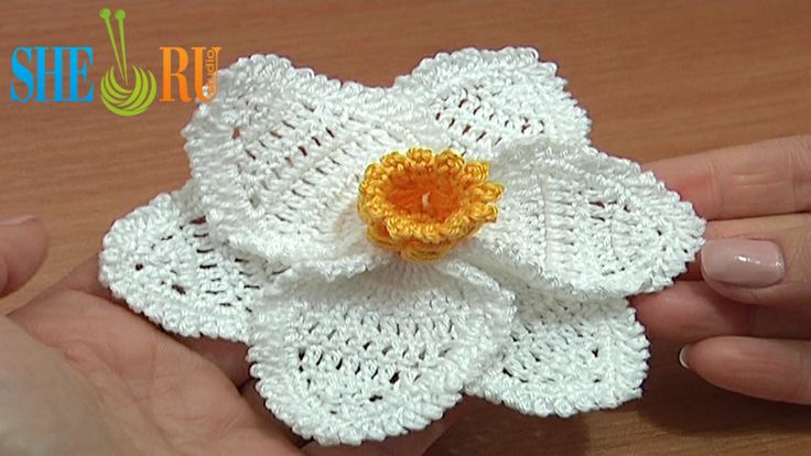 Crochet Flower Tutorial Sheru : Pin by Kim Parker on Crochet Florals Pinterest