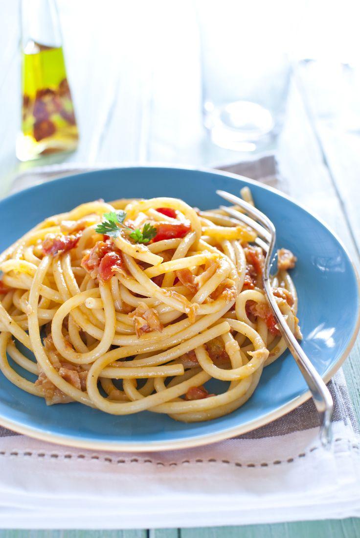 Bucatini all'amatriciana | Il mio album di Food Photography | Pintere ...