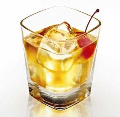 How to Make Amaretto Sour Cocktail | We all need a drink! | Pinterest