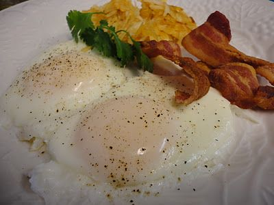 """Learn how to cook the PERFECT """"Bubble"""" EGGS."""