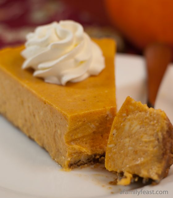 Pumpkin Cheesecake ~ A delicious and decadent pumpkin cheesecake ...