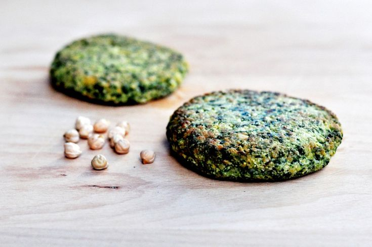 Spinach And Chickpea Veggie Burger - An easy soy-free and gluten-free ...