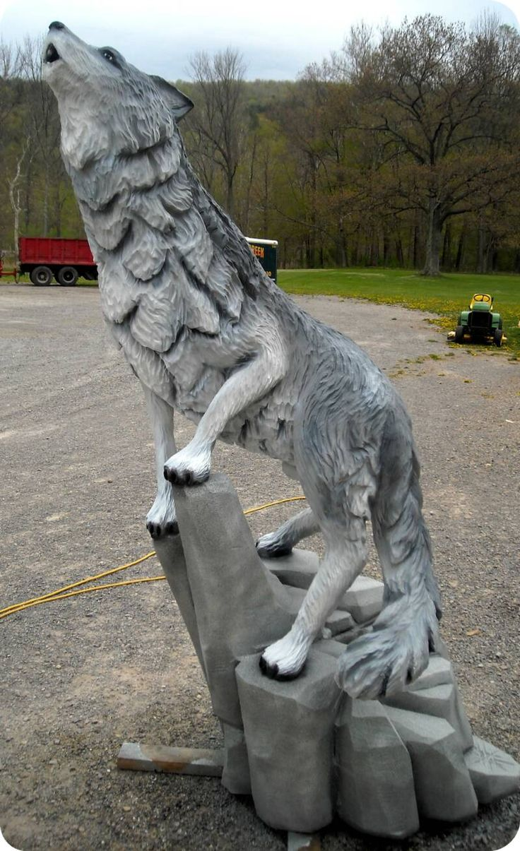 Chainsaw wood carving wolf my wallpaper