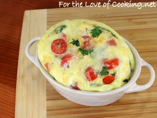 Mini baked frittata with ham, jalapeno, sharp cheddar cheese, tomatoes ...