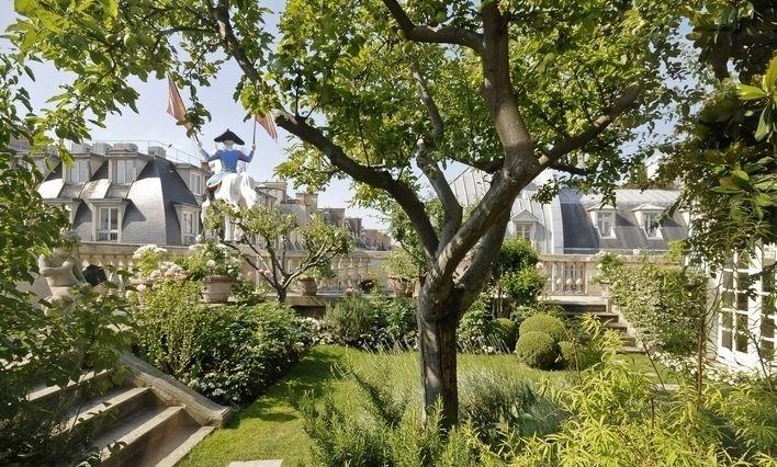 Hermes rooftop garden paris rooftop gardens pinterest for Jardin secret paris