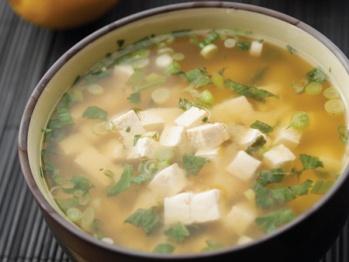 Lemony Miso Soup from Cookstr. http://punchfork.com/recipe/Lemony-Miso ...